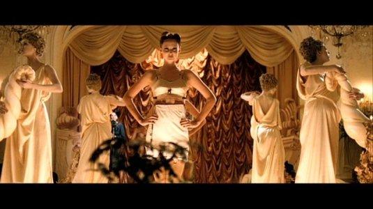 Miss Pettigrew Lingerie Show